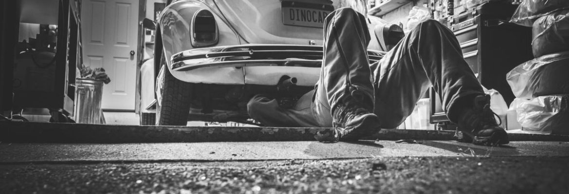 10-things-on-your-car-you-should-check-regularly